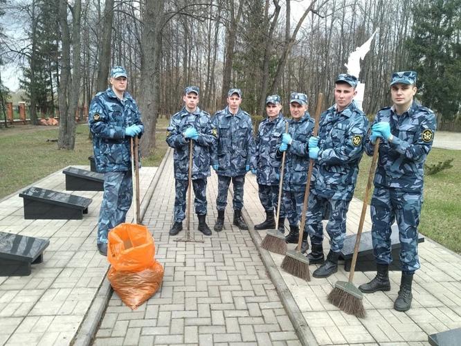 28 апреля на Воинском мемориальном захоронении прошла Вахта памяти.