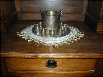Набор подарочный сувенирный серебряный.